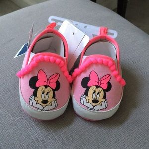 Minnie Mouse baby shoes 3-6 months